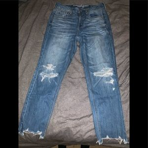 American eagle highwaisted Tomgirl jeans